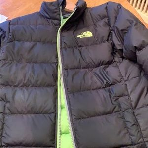 Boys 10/12 north face coat